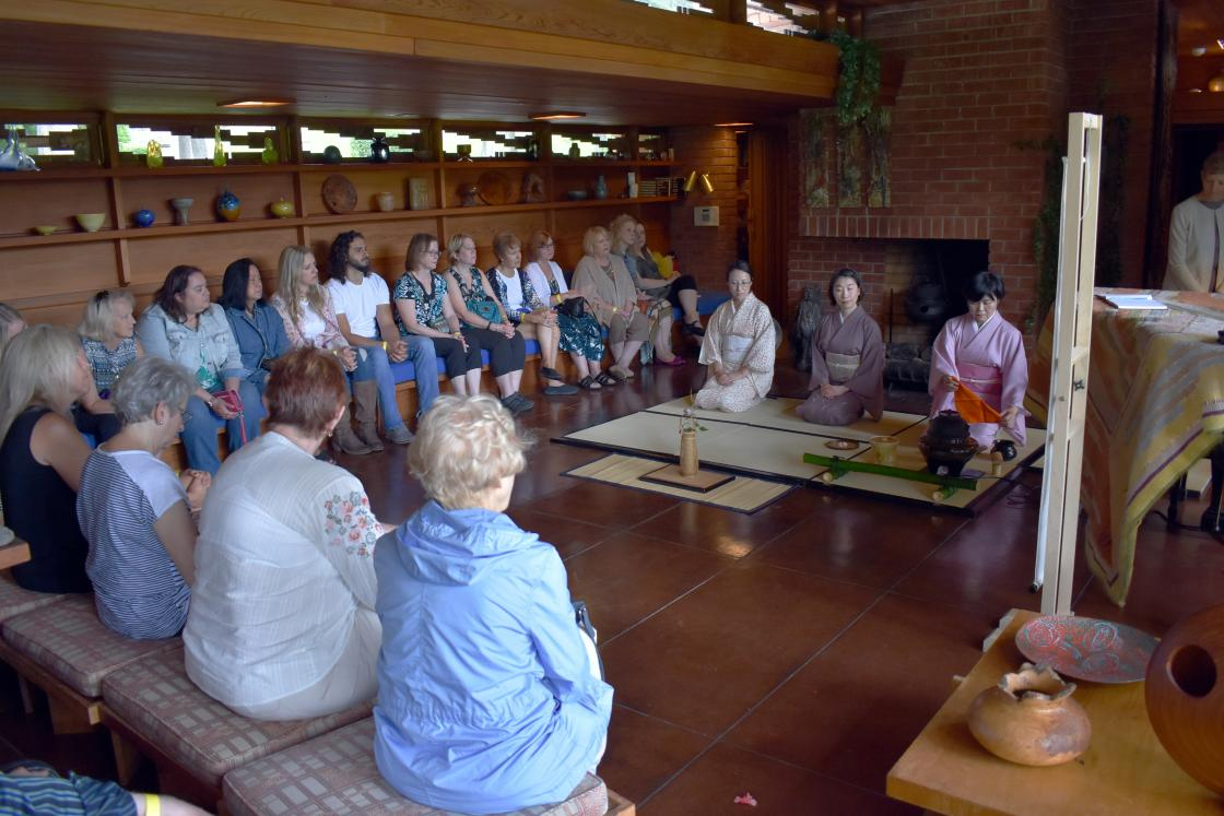 Japan Society of Detroit Women's Club hosts chanoyu tea ceremony in Frank Lloyd Wright Smith House
