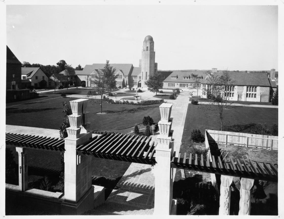 Eliel Saarinen (Architect), Cranbrook School for Boys, Quadrangle. Photographed by The Arnold Studio, circa 1928; Photograph Collection of Cranbrook Archives (CEC3879).