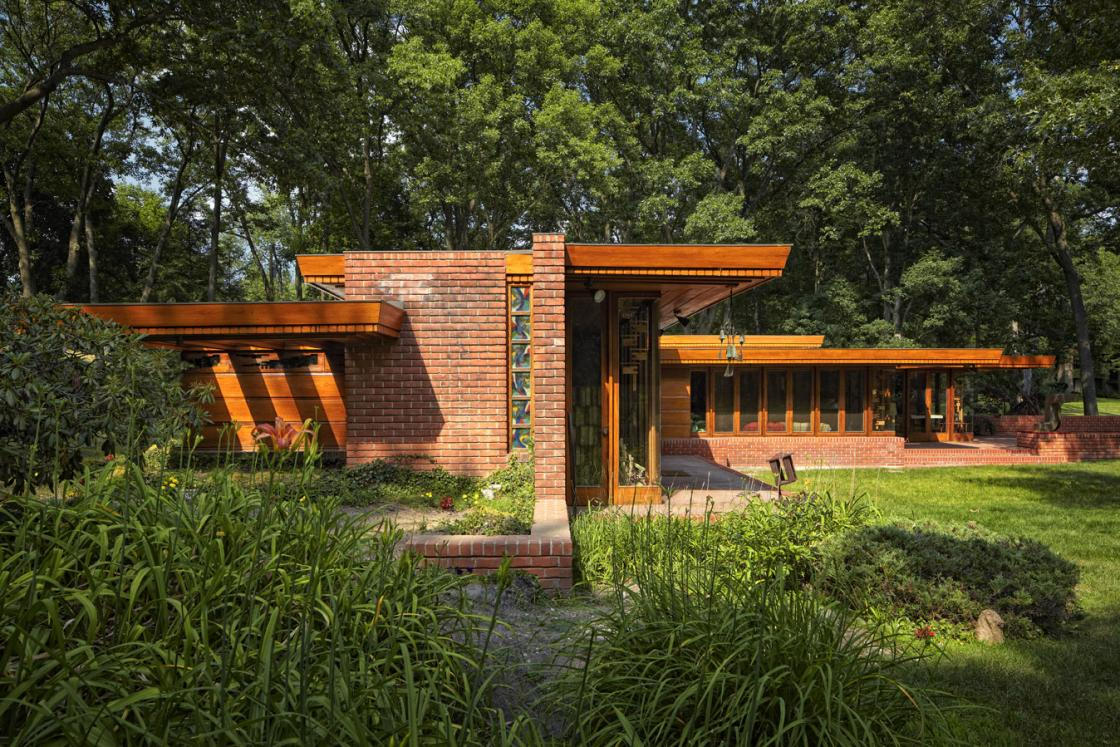 Frank lloyd wright day away cranbrook center for for Franks homes